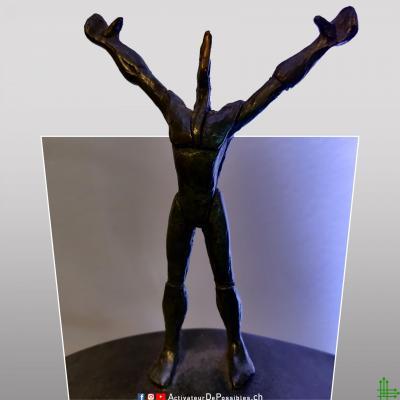 Statue face v1 reseaux logo